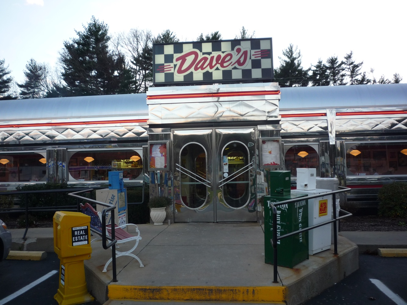 Dave's Diner in Middleboro, Mass.