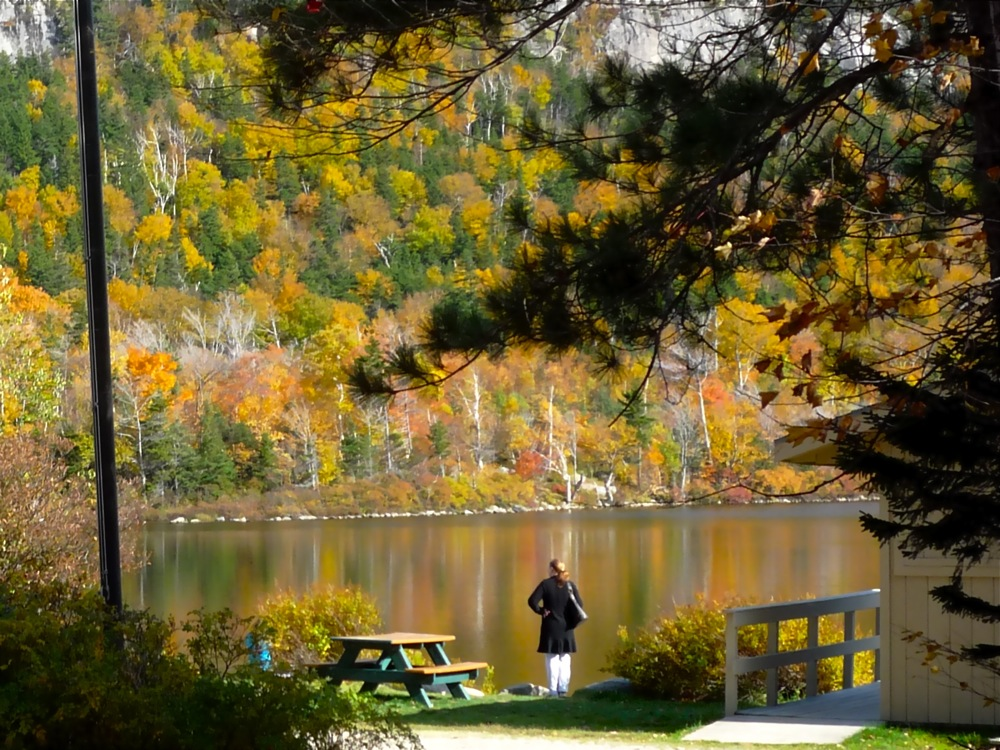 Echo Lake at Franconia State Park New Hampshire