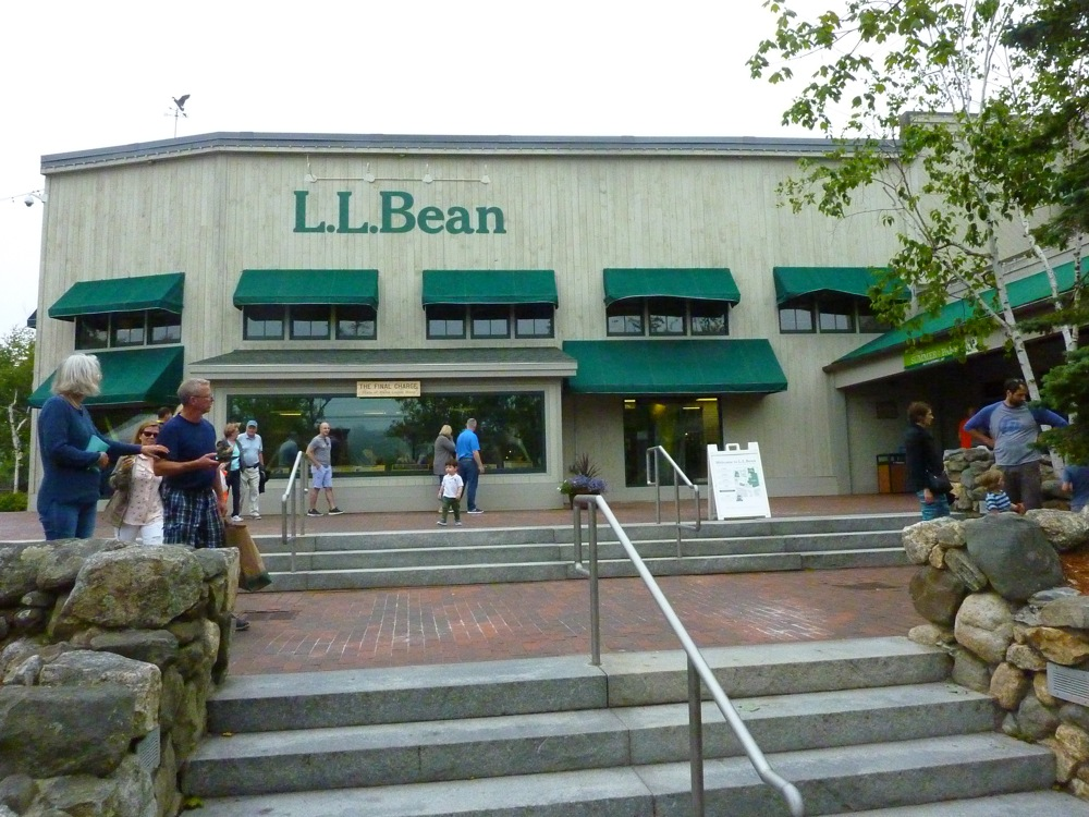 a Visit to the flagship L.L. Bean Store in Freeport, Maine.
