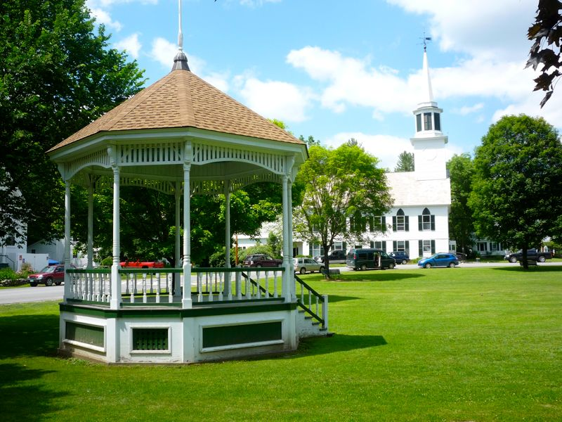 Picture of town common in Townshend Vermont