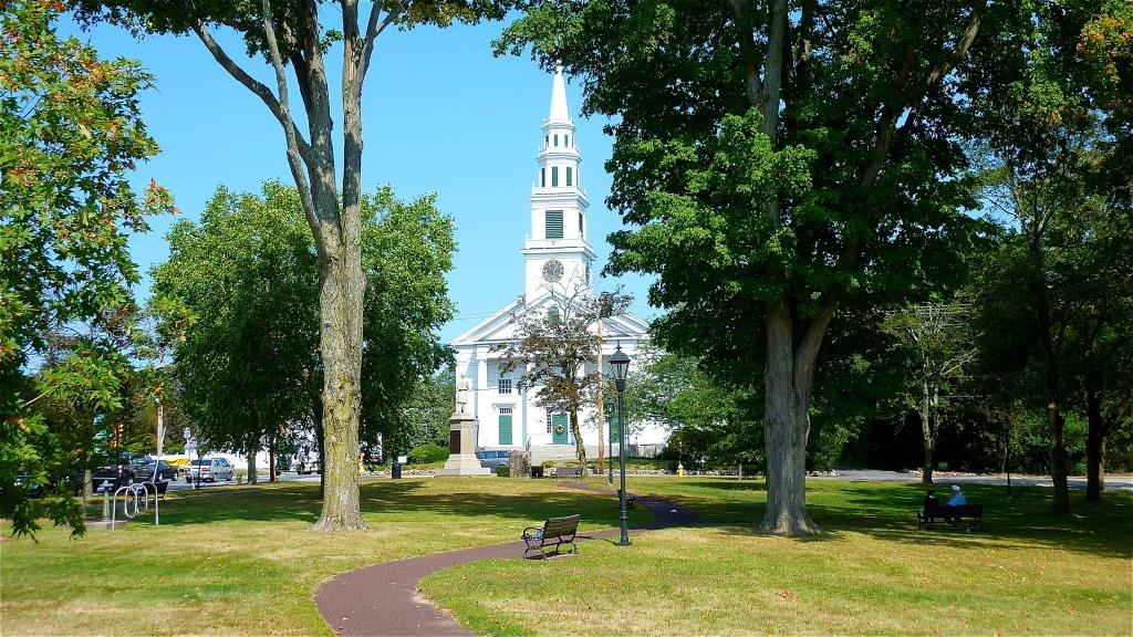 Town green in Wrentham, Massachusetts.