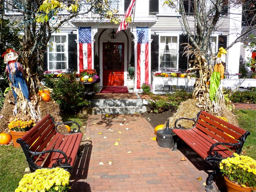 Fall at Concord's Colonial Inn in Concord, Massachusetts