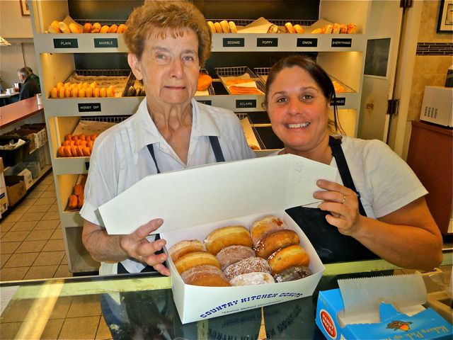 County Kitchen Donuts, Walpole MA