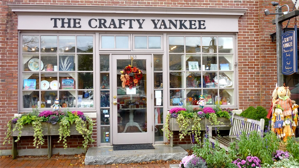 The Crafty Yankee Gift Shop, Leington, Mass.