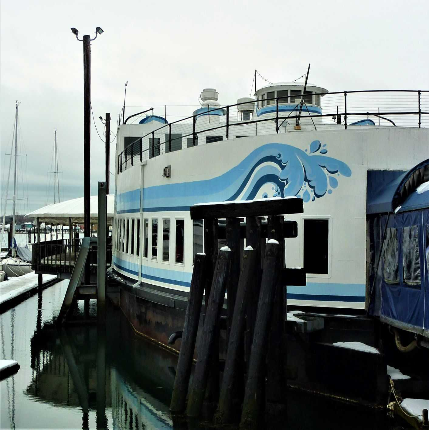 Where in Maine to dine out in a waterfront car ferry...