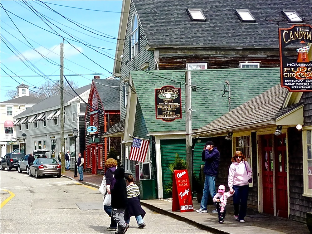 Shopping at Dock Square in Kennebunkport, Maine
