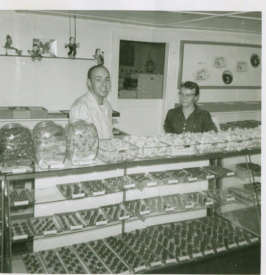 Fearnly and Fern Hemond at Len Libby's Candies in the 1950s.