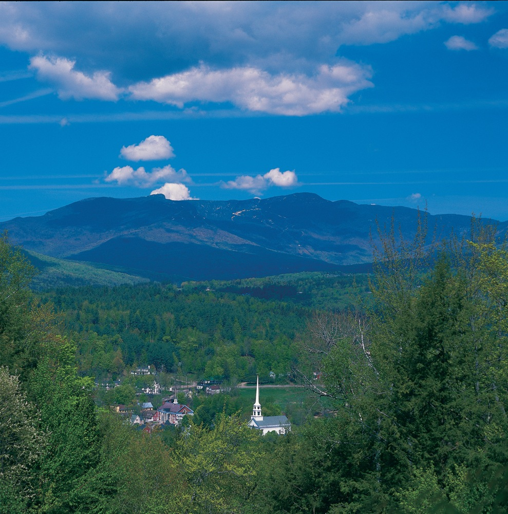 Stowe Vermont Offers a Classic New England Mountain Town Experience
