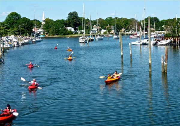Wickford Village RI kayaking